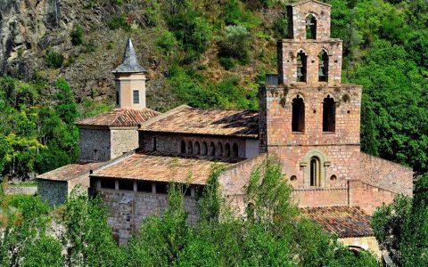 Visita l'Antic monestir de Gerri de la Sal